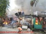 Kebakaran Gg.Seto Warga Kesal Petugas Pemadam Datang Telat!!
